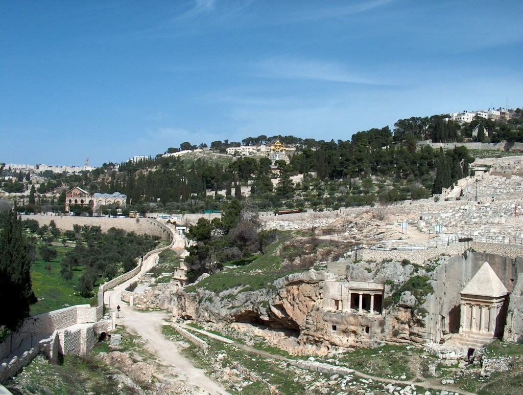 Kidron Valley, with the Mount of Olives in the background. (Henrik Bernhard, freeimages.com)